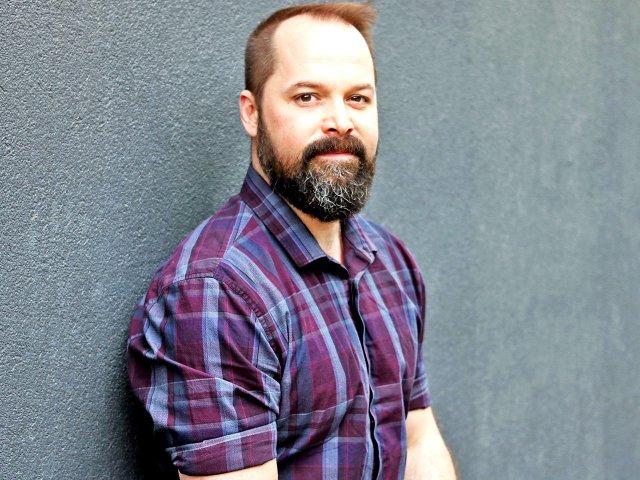 Author Kevin Hardcastle
